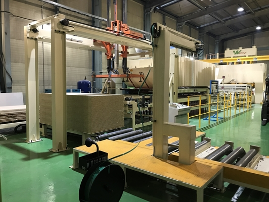 China Lamination Hot Press Production Line Short Cycle Automatic Trimming And Cooling supplier