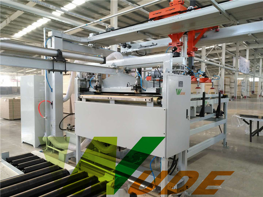 Short Cycle  Low Pressure Laminate Machine , Furniture Laminating Line 100 sheets/h